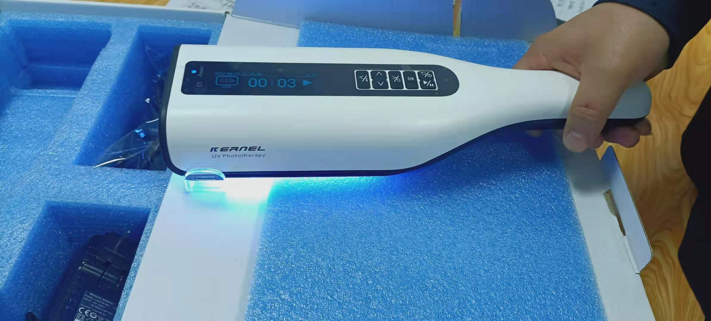 家用光疗仪照白斑之前是不是还要涂抹药