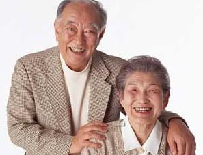 致使老年人发生白癜风的原因有哪些